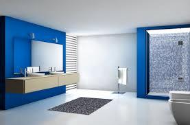 alicatar o pintar las paredes del baño